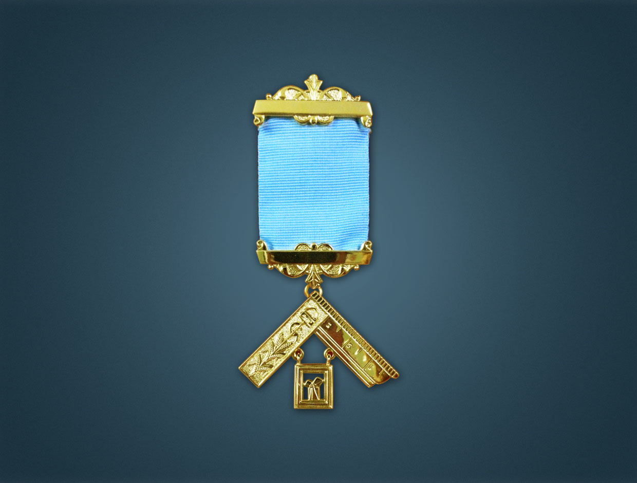 Craft P.M. Breast Jewel - With Lodge Name & No.